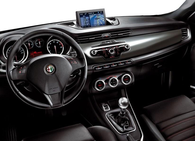 alfa romeo giulietta 1.4 tb 170 (2010) review | car magazine