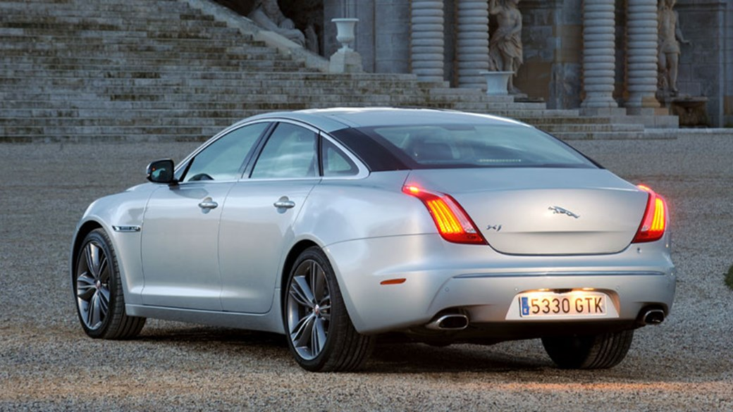 Attractive Jaguar XJ Supersport (2010) Review