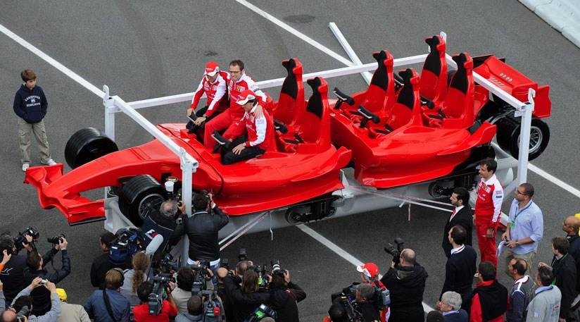 When F1 drivers met the Ferrari rollercoaster (2010)
