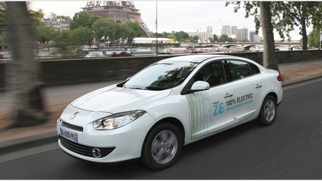 Renault Fluence Ze Electric Car 2017 Prototype Review