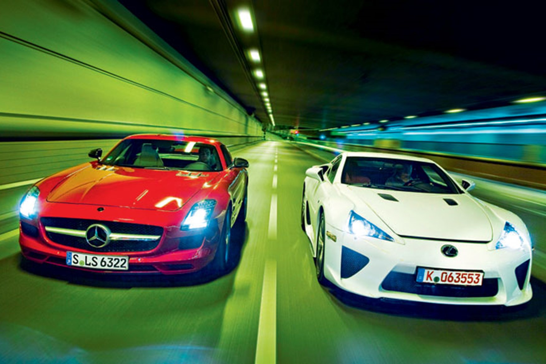 Exceptionnel ... CAR Twin Tests The Mercedes SLS Against The Lexus LFA ...