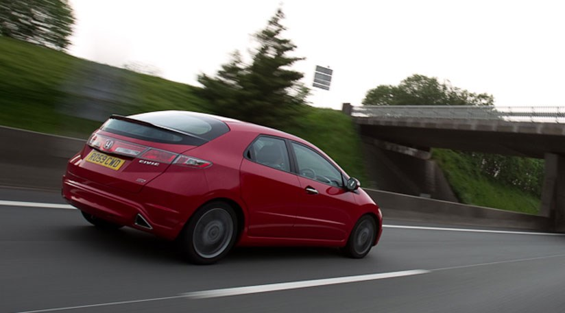 Wonderful ... Honda Civic Si 5dr (2010) CAR Review ...