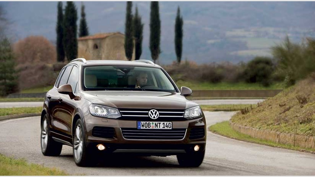 The New Vw Touareg 2010 On Car Test