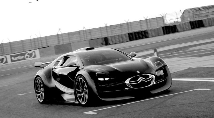 Citroen's Survolt charges into life at Le Mans Classic | CAR Magazine