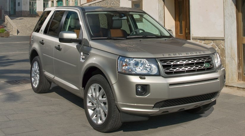 land rover freelander 2 the official 2011 facelift by car magazine. Black Bedroom Furniture Sets. Home Design Ideas