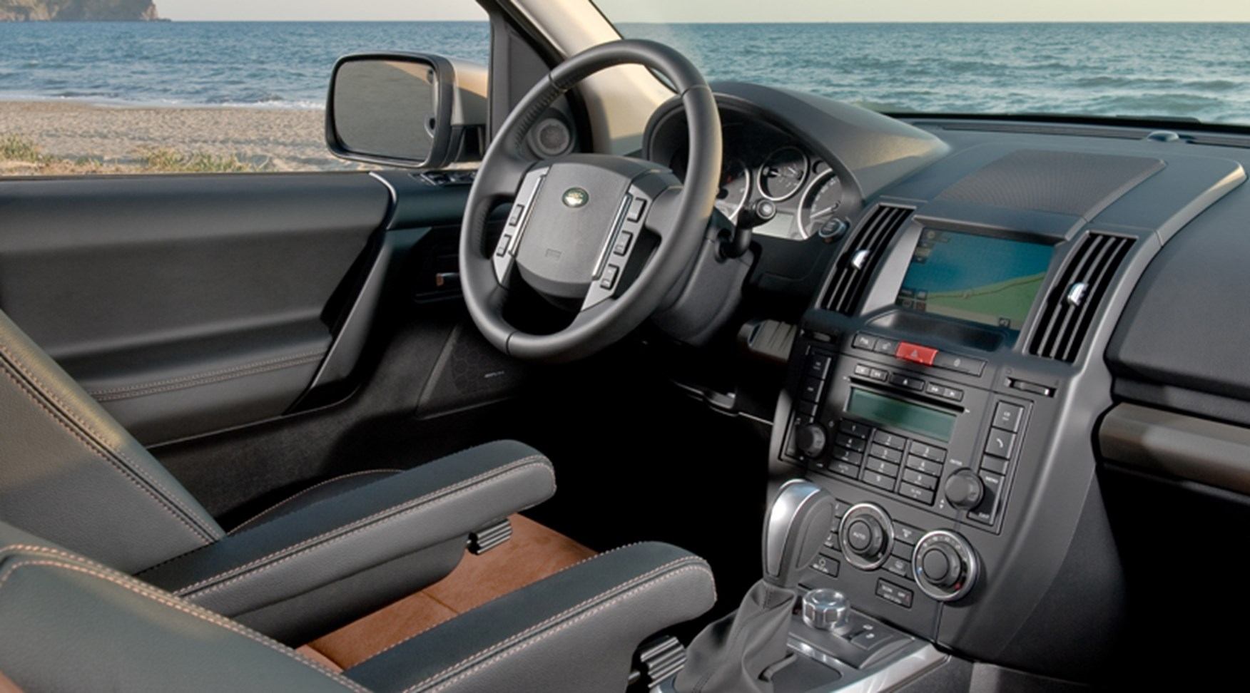 Land Rover Freelander 2 The Official 2011 Facelift Car