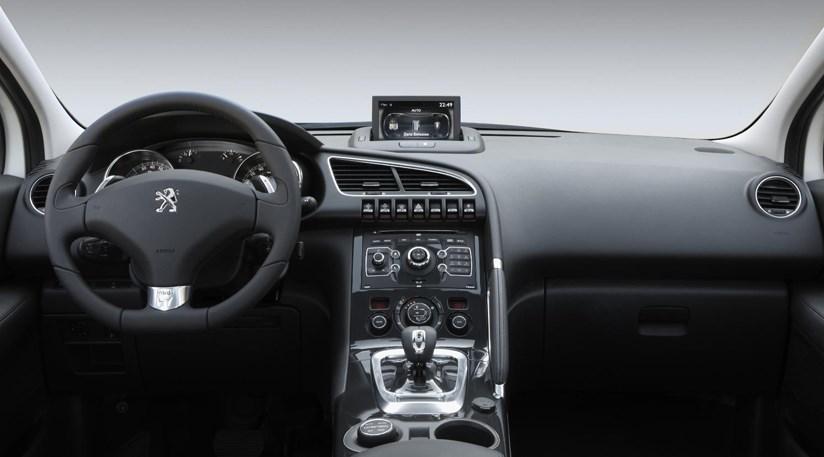 Peugeot 3008 Hybrid4 (2010) first details | CAR Magazine
