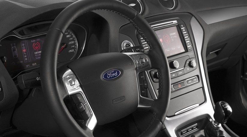 Ford Mondeo Facelift 2010 The Cabin And Estate By Car