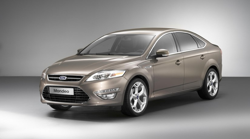 ford mondeo facelift 2010 the cabin and estate by car magazine. Black Bedroom Furniture Sets. Home Design Ideas