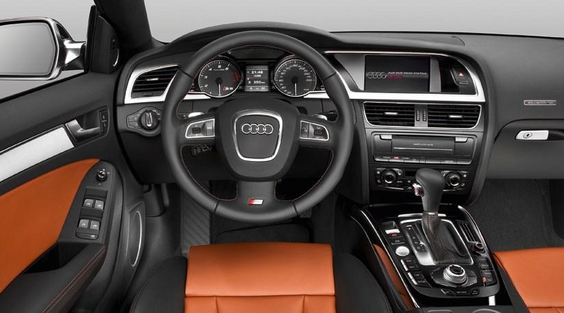 Audi S5 Sportback 2010 review by CAR Magazine