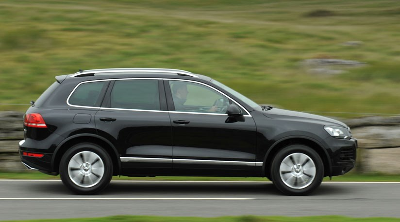 vw touareg 3 0 tdi 2010 review car magazine. Black Bedroom Furniture Sets. Home Design Ideas