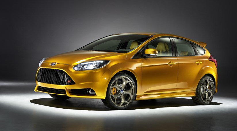 ford focus st 2011 first news and photos car magazine. Black Bedroom Furniture Sets. Home Design Ideas
