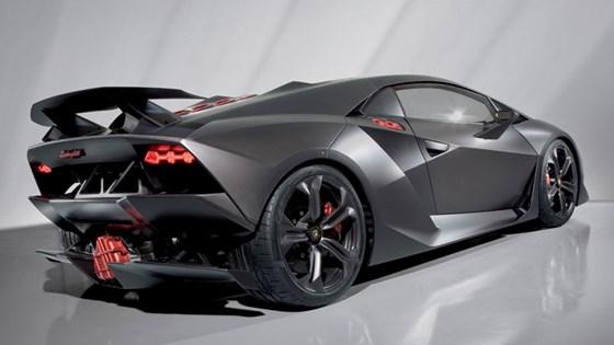 Lamborghini V12 Supercar 2011 Spy Video Car Magazine