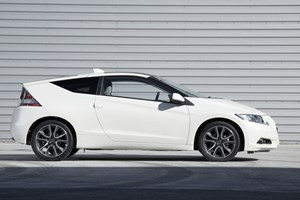 Honda CR-Z: a manual transmission transforms it into a brilliant little hatch, says Tim Pollard
