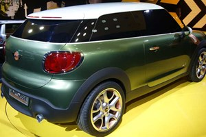 Mini Paceman at the 2011 Detroit auto show