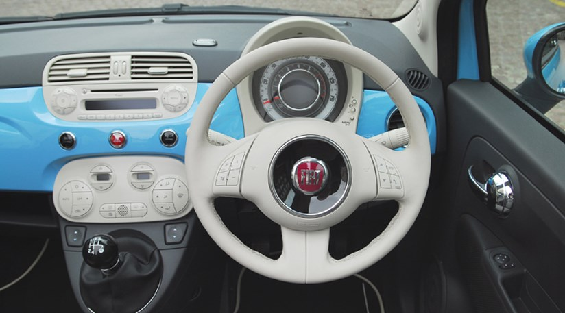 Ongebruikt Fiat 500 Twinair (2011) review | CAR Magazine DJ-52