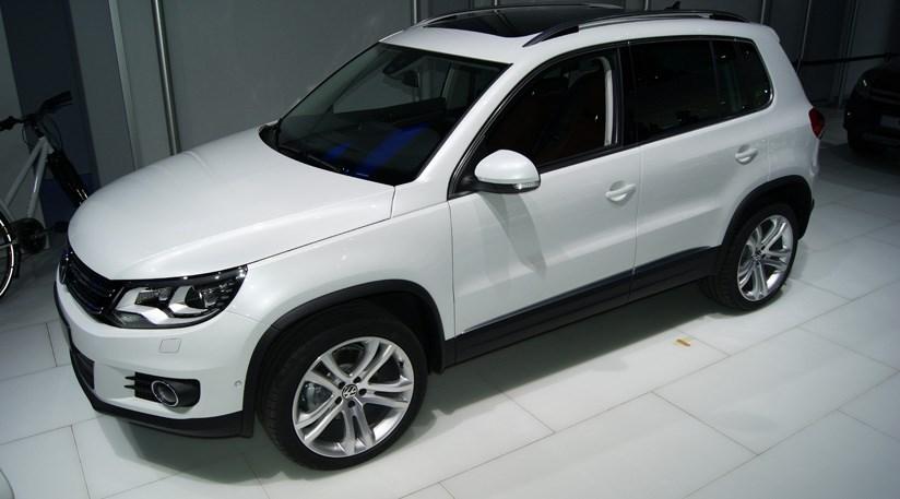 vw tiguan facelift 2011 at 2011 geneva motor show by car. Black Bedroom Furniture Sets. Home Design Ideas