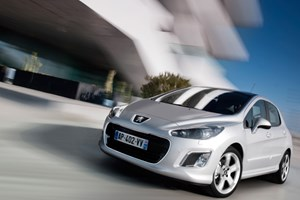 Peugeot 308 facelift (2011) first official pictures