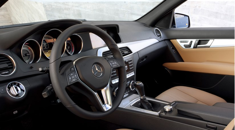 Mercedes C350 CDI facelift 2011 review by CAR Magazine