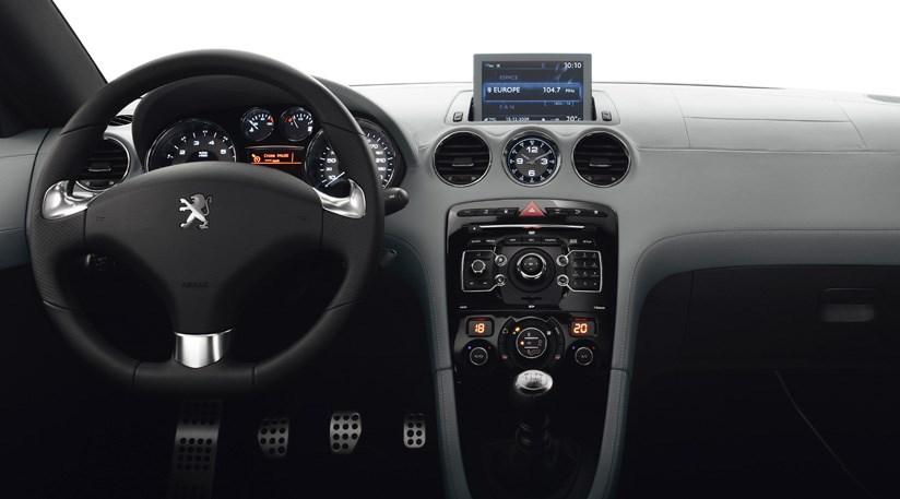 Peugeot RCZ 200 (2011) review | CAR Magazine