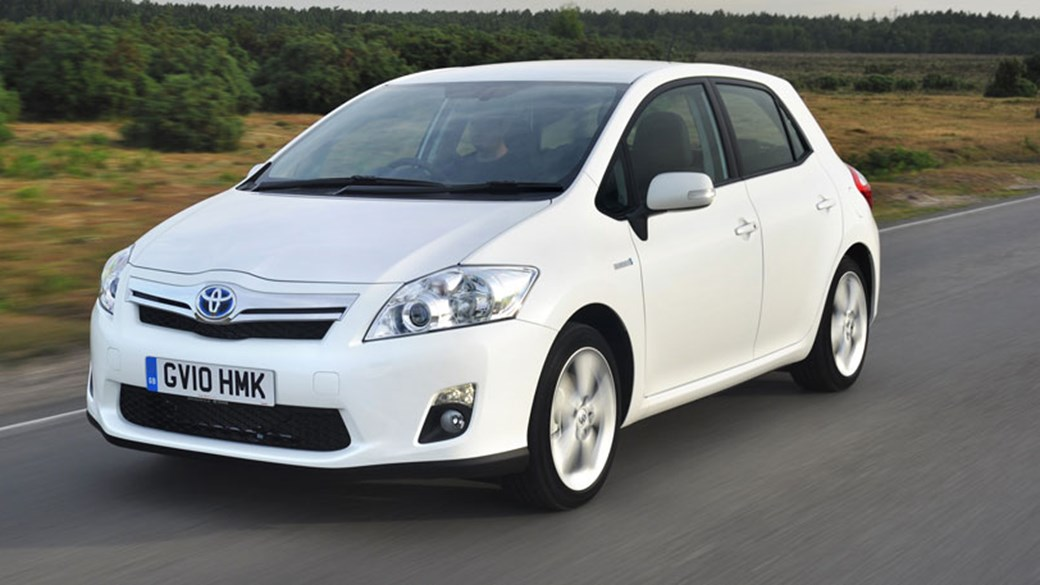 Toyota Auris HSD (2011) Review