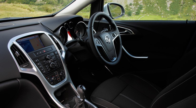Vauxhall Astra Sports Tourer 14t 2011 Review Car Magazine