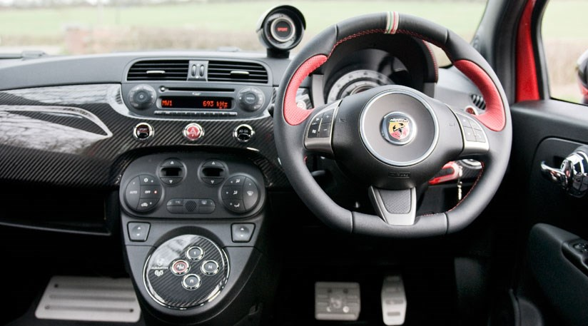Abarth 695 Tributo Ferrari (2011) review | CAR Magazine