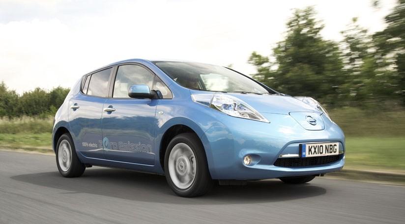 nissan leaf electric car  review car magazine