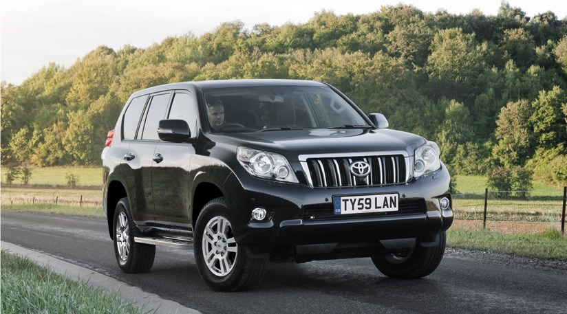 Toyota 7 Seater Cars >> Toyota Land Cruiser LC5 (2011) review | CAR Magazine