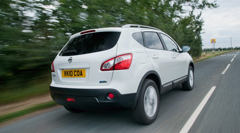 Infiniti Lease Deals >> Nissan Qashqai 1.5dCi Pure Drive (2011) review | CAR Magazine