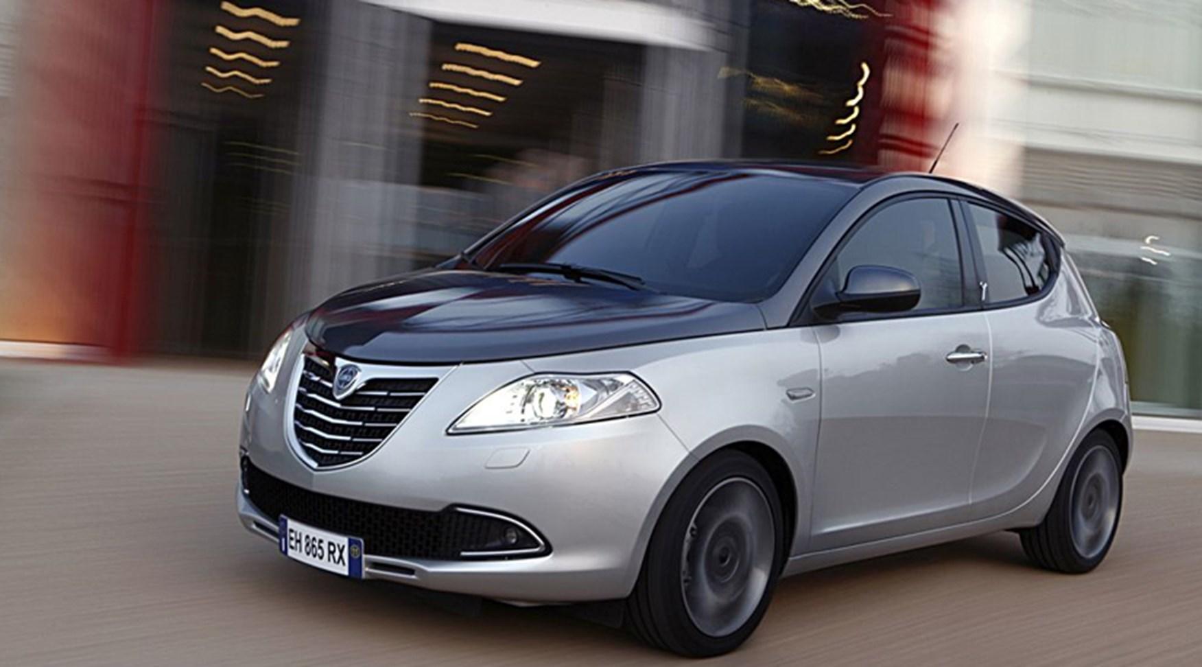 Chrysler Ypsilon 0.9 TwinAir (2011) review | CAR Magazine