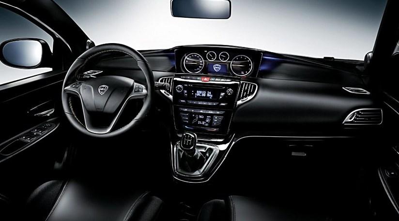 Chrysler Ypsilon 09 Twinair 2011 Review Car Magazine