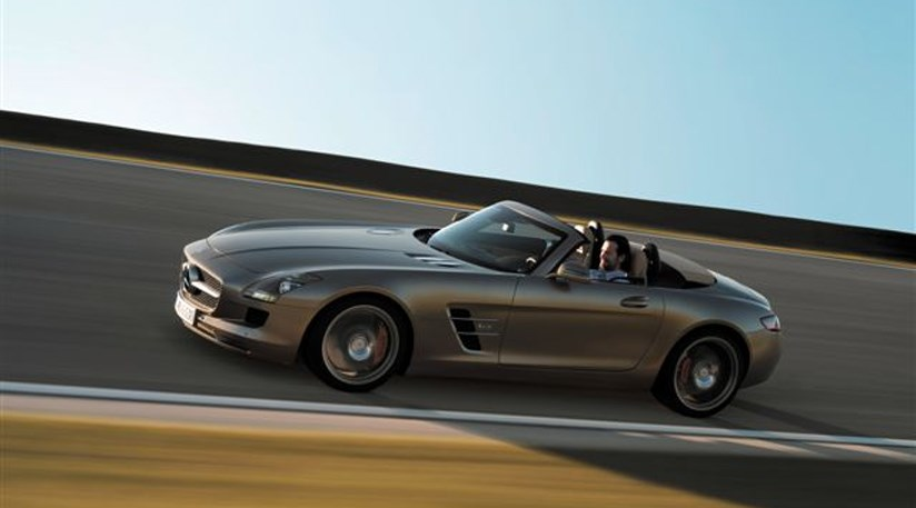 Mercedes sls amg roadster 2011 more pics by car magazine for Drop top mercedes benz prices