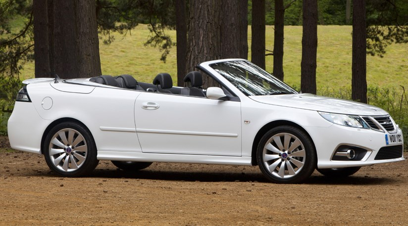 saab 9 3 convertible aero 2011 review car magazine. Black Bedroom Furniture Sets. Home Design Ideas