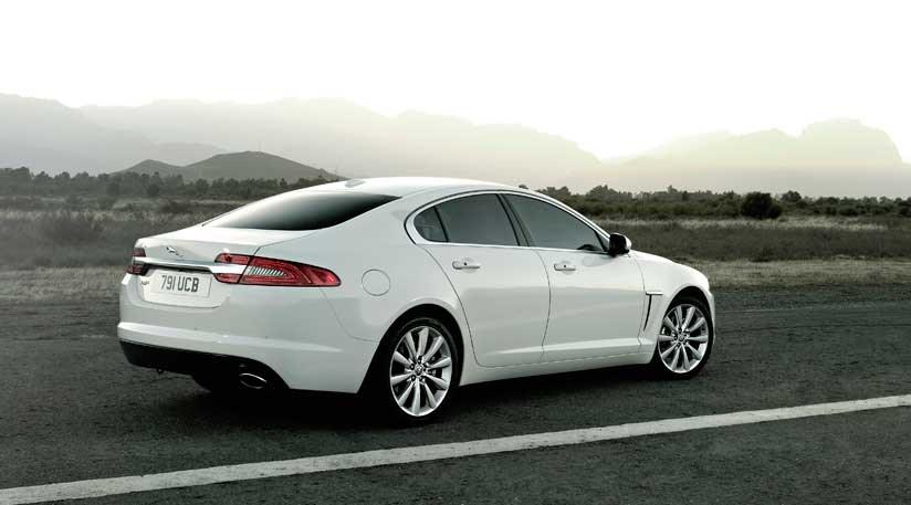 Jaguar Xf 2 2 D Premium Luxury 2011 Review Car Magazine