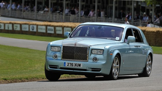 Rolls Royce 102ex Electric Wafting Up The Goodwood Hill