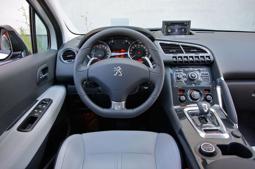 peugeot 3008 hybrid4 2011 review by car magazine. Black Bedroom Furniture Sets. Home Design Ideas