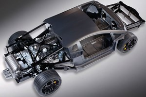 The new Lamborghini Aventador laid bare, spilling its carbon guts