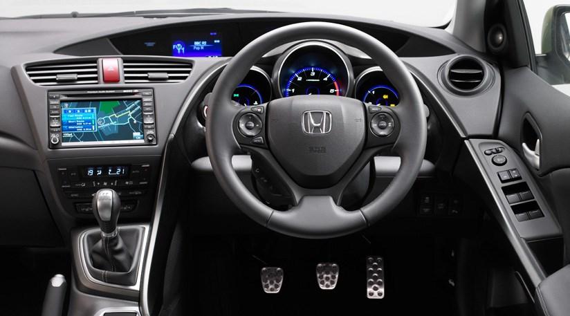 ... Honda Civic 1.8 IVTEC EX GT (2011) Review