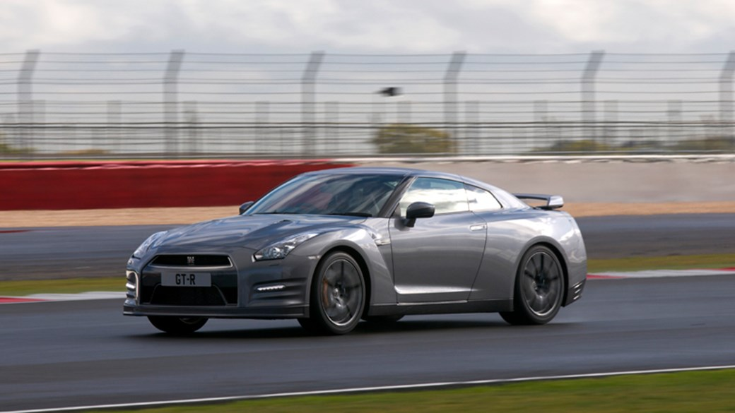 Nissan GT R (2012) Review