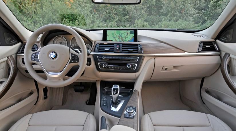 BMW D SE Review By CAR Magazine - Bmw 320i 2012