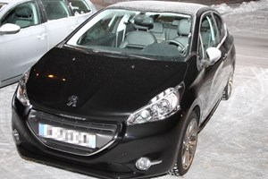 Is this the Peugeot 208 GTI on test?