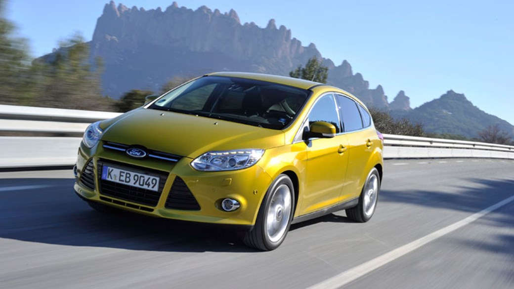 Ford Focus 1.0 Ecoboost (2012) review & Ford Focus 1.0 Ecoboost (2012) review by CAR Magazine markmcfarlin.com