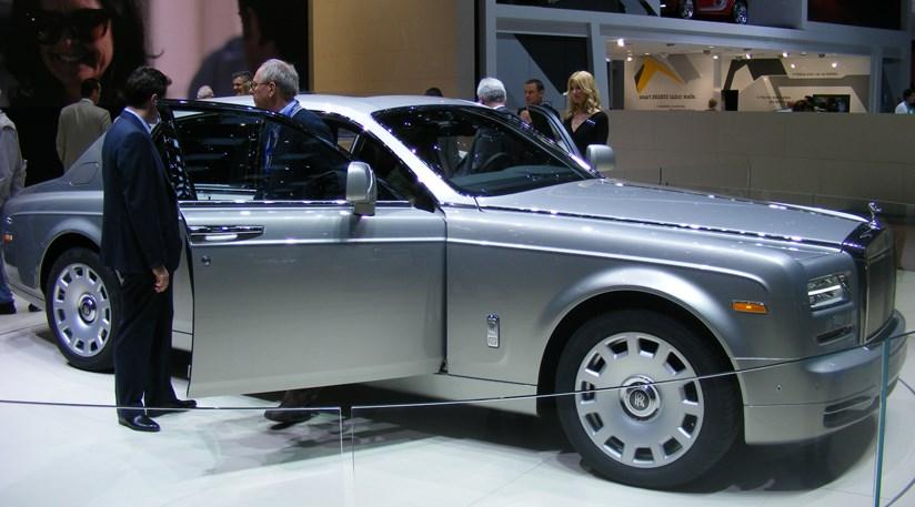 Rolls Phantom Series Ii At 2012 Geneva Motor Show By Car