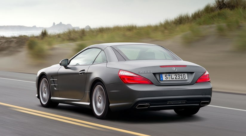 ... Mercedes SL500 (2012) Review ...