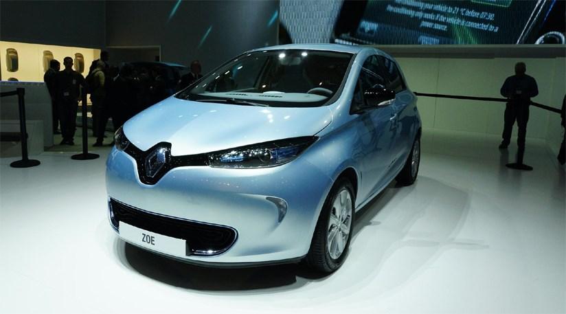 renault zoe ev production car at 2012 geneva motor show. Black Bedroom Furniture Sets. Home Design Ideas