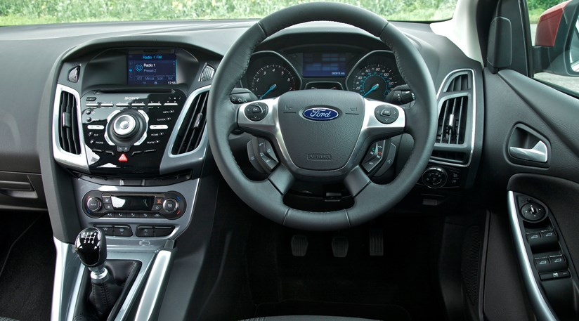 Ford Focus 1 6 Ecoboost Zetec S 2012 Car Review Car Magazine