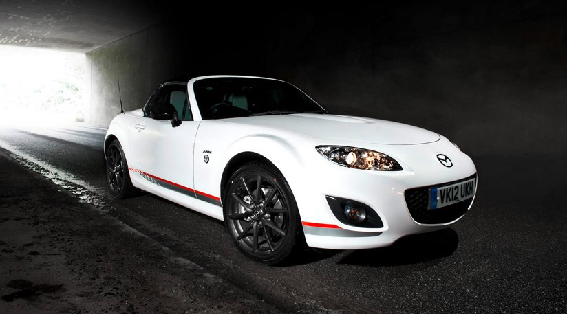 mazda mx 5 kuro edition 2012 first official pictures car magazine. Black Bedroom Furniture Sets. Home Design Ideas