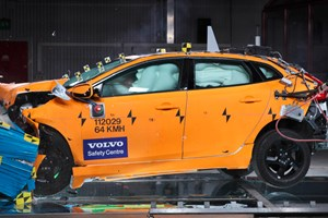 Volvo's V40 has, ahem, smashed the Euro NCAP bencmark for overall safety