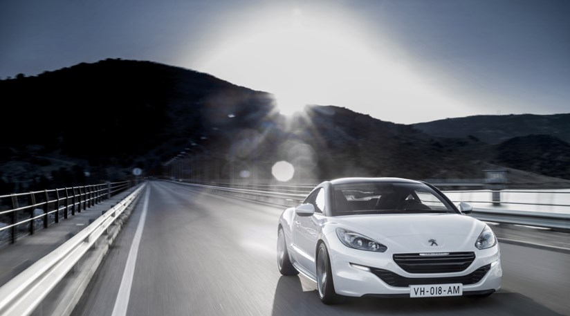 Peugeot Rcz R And Facelift 2012 First Pictures Car Magazine